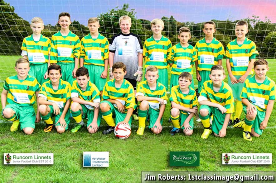 Runcorn Linnets Junior Football Mixed Green Under 14s Team Photo